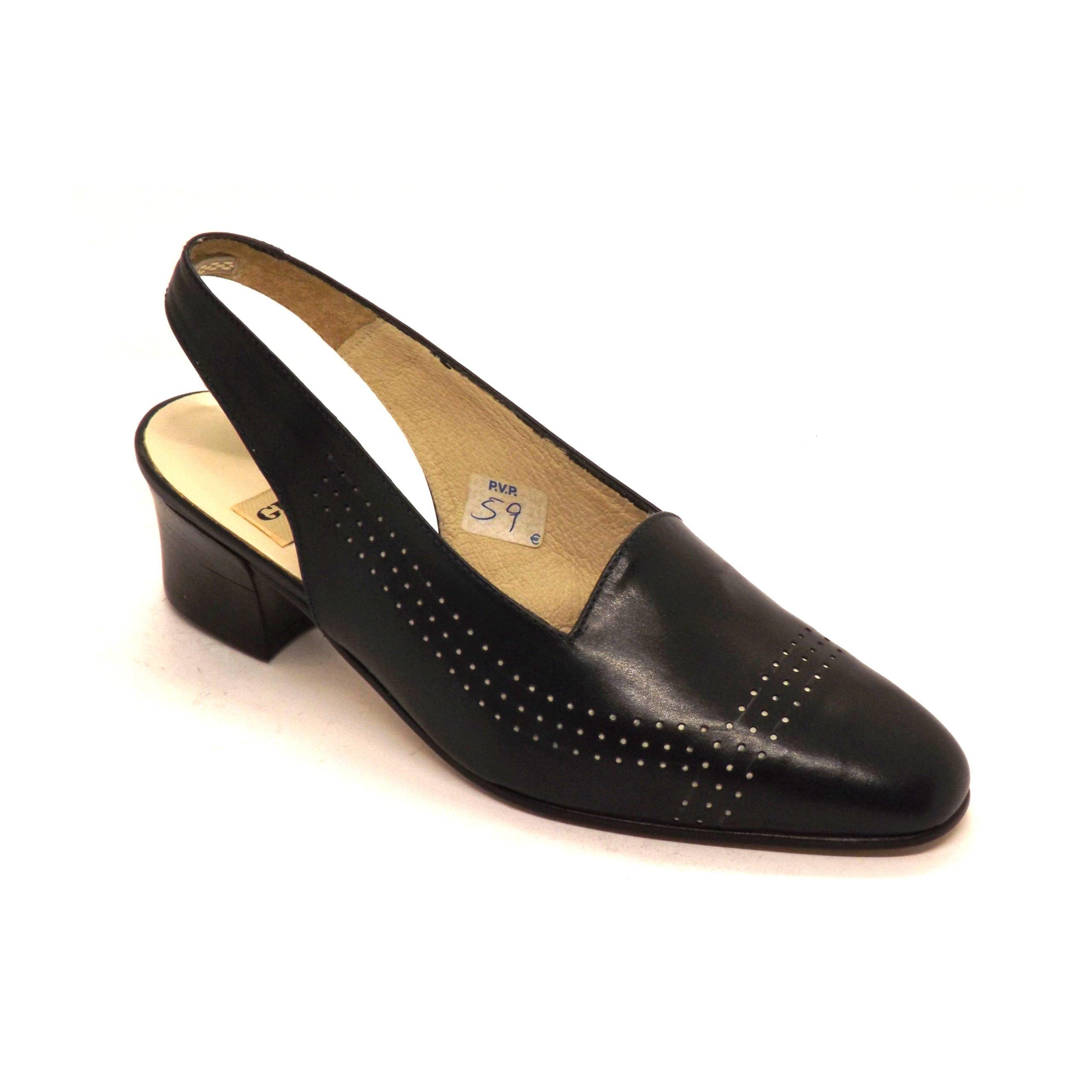 Zapato 12 semi-cerrado Giko